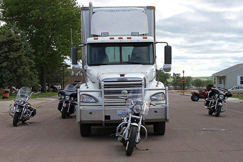 truck-blind-spot
